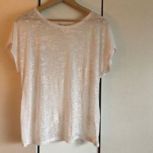 Synergy Peyton top with cute detailing